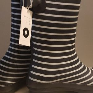 A New Day Samantha Rainboots